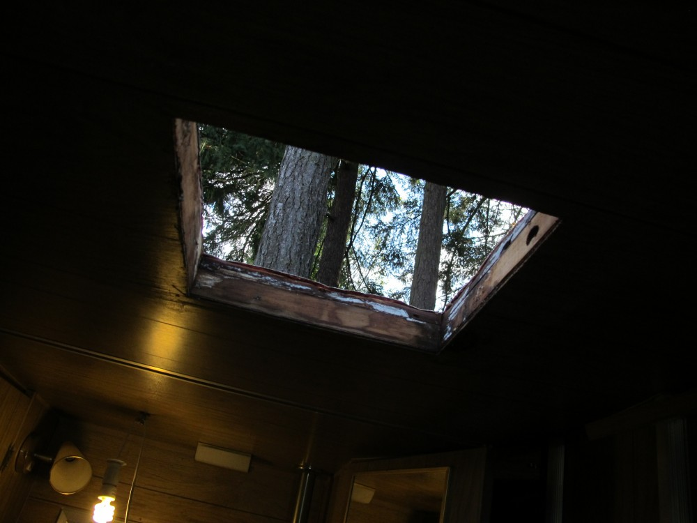 RV Skylight Installation